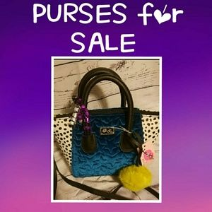 Handbags - 👜🛍️PURSES FROM HERE DOWN👜🛍️